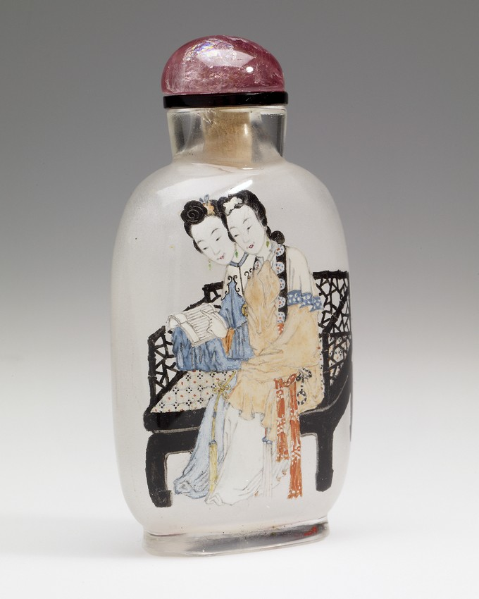 Snuff Bottle in glass with two sisters and a poem