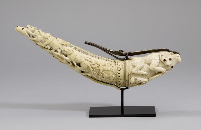 Mughal Ivory Powder Horn