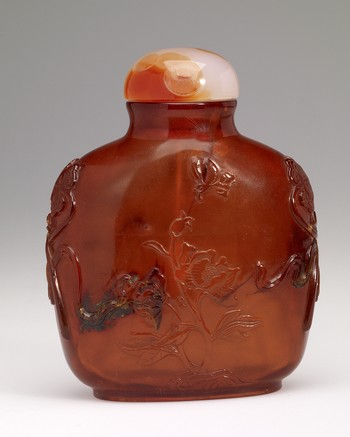 Snuff Bottle in Amber