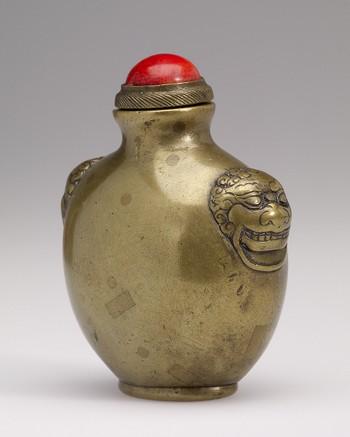 Snuff Bottle in Bronze