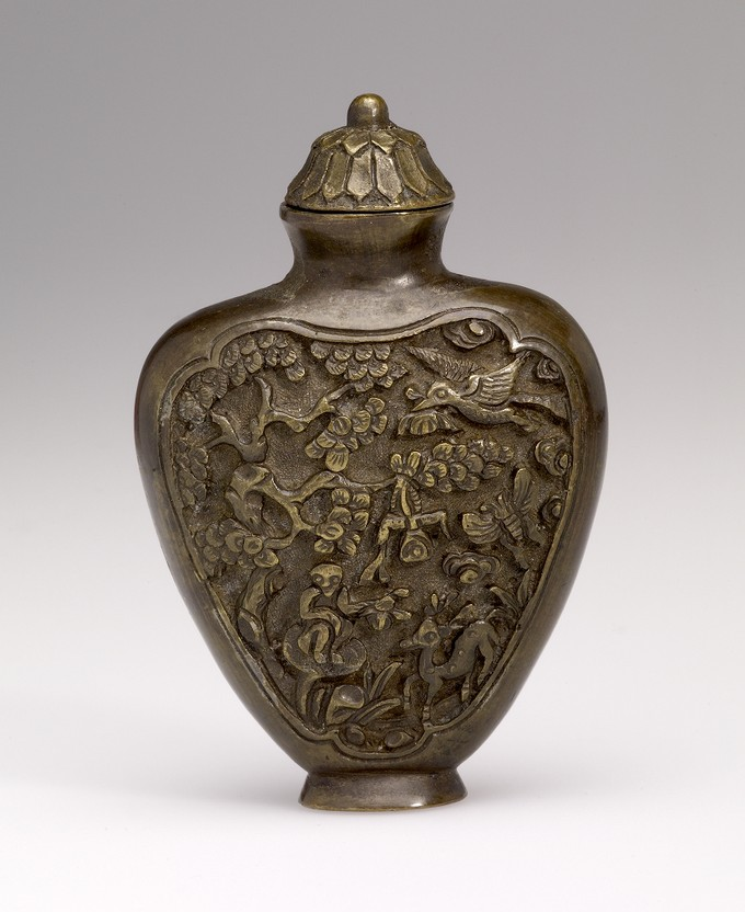 Snuff Bottle in Bronze with two Monkeys, a Deer, a Butterfly and Buddhist Symbols