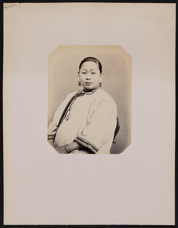 282. Leao-ya-Ichoé (18 ans) chinoise née à Couchon, frontal