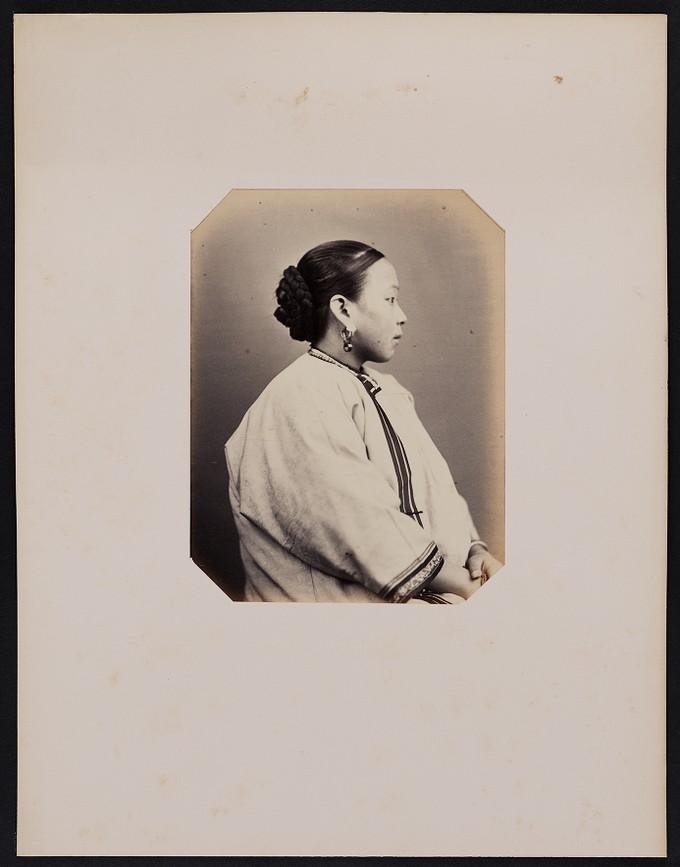 282. Leao-ya-Ichoé (18 ans) chinoise née à Couchon, profile