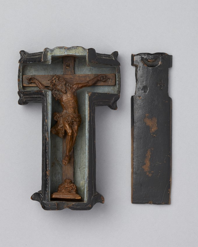 Crucifix with Travelling Case