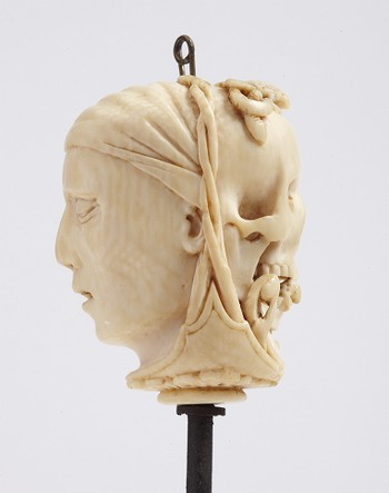 Rosary Pendant: Death Mask and Skull
