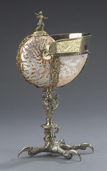Nautilus Cup: Hunter and Eagle's Claw Foot